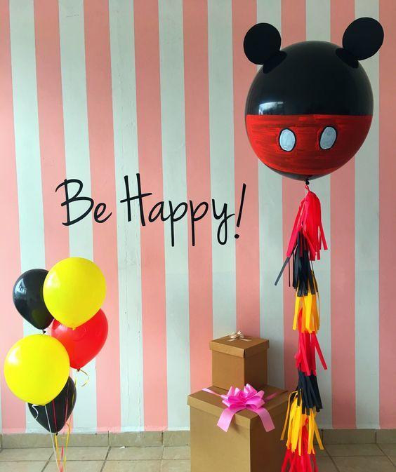 Globos gigantes decorados de Mickey
