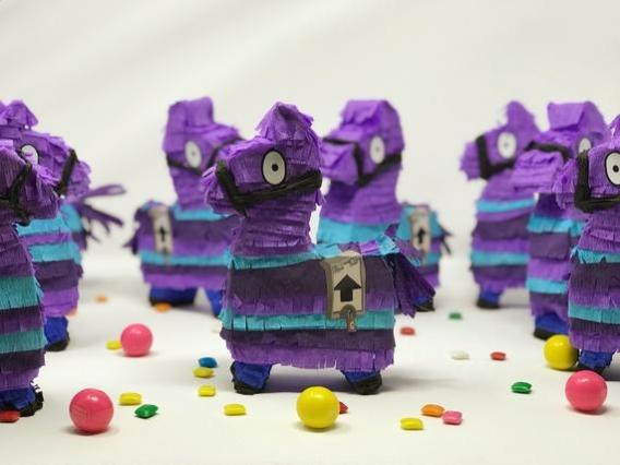 Ideas de mini piñata de Fortnite