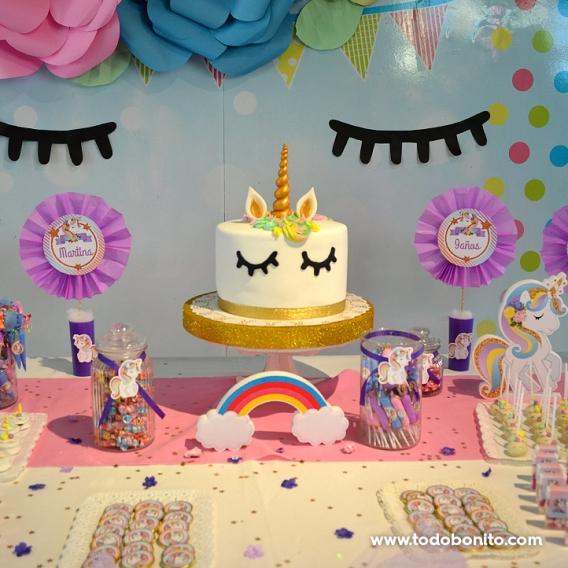Torta y decoraciones de Unicornios de Todo Bonito