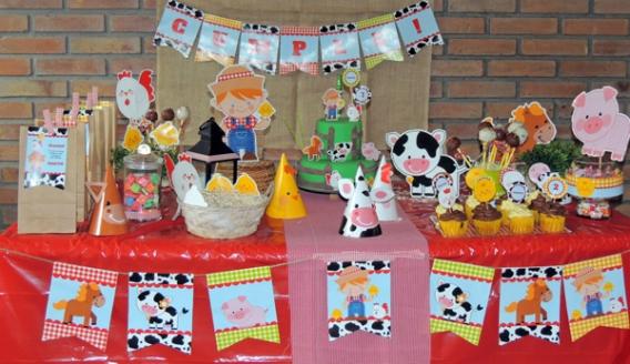 Martín festejó su cumpleaños en la granja