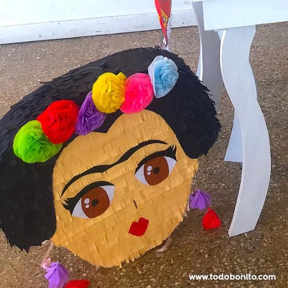 Piñata de Frida Kahlo