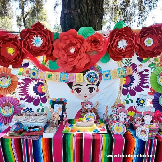Decoración de fiesta de Frida Kahlo