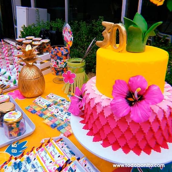 Torta tropical de ananá