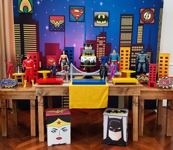 Mesa dulce de la Liga de la Justicia