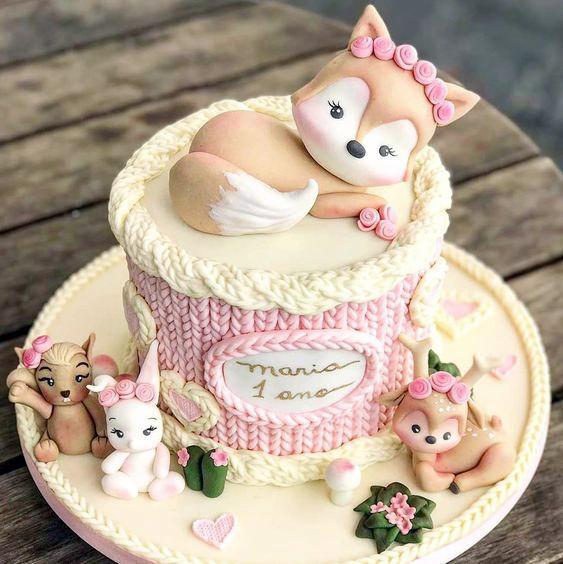 Torta animalitos del bosque colores pastel