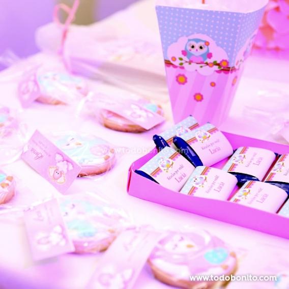 Bautismo y primer añito con buhítas en rosa