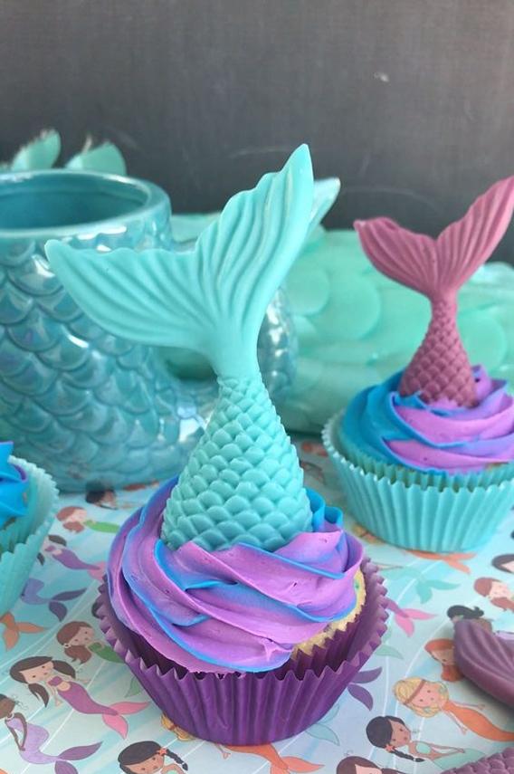 Cupcakes decorados con temática de sirena