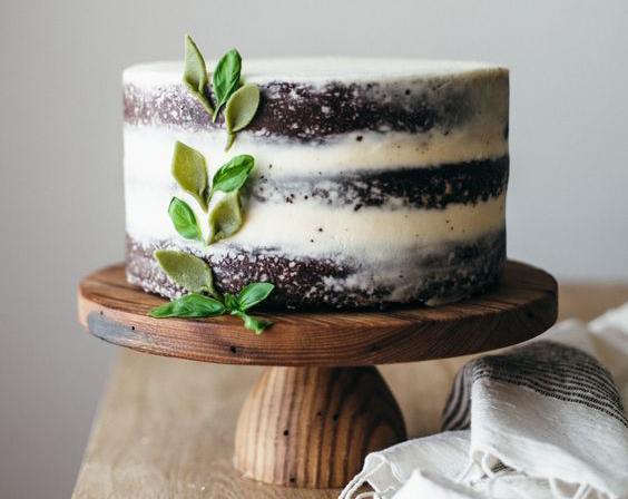 Torta estilo rústico con hojas
