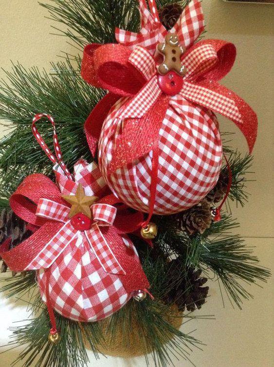 Bolas de Navidad decorada con telas