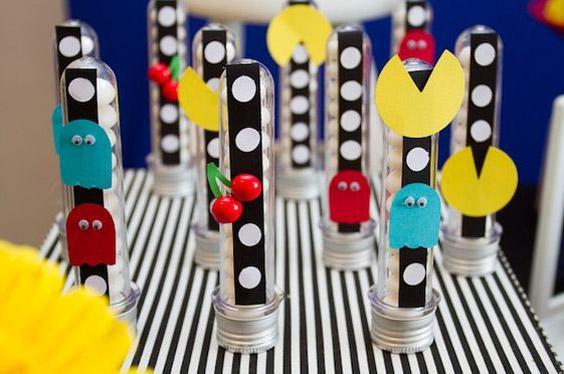 Pastilleros decorados con temática de Pac-man