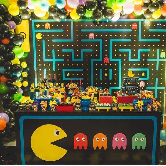Decoración de cumpleaños con Pac-man