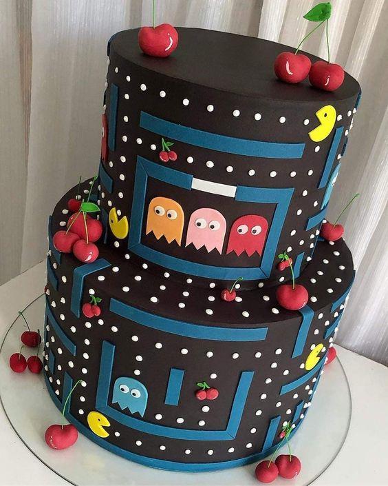 Torta decorada de pac-man