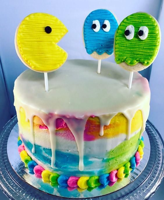 Torta de colores de pac-man