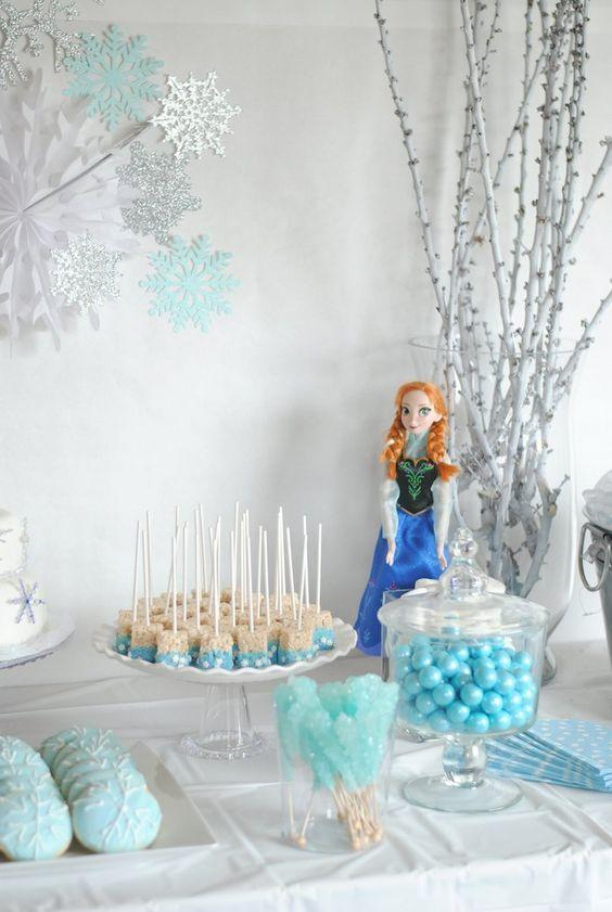 Ideas decoración mesa fiesta de Frozen