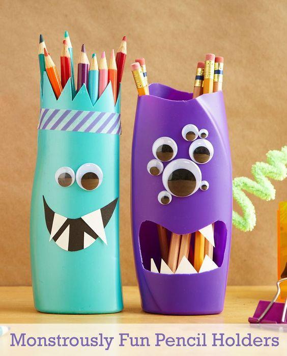 Portalápices de monstruitos con plástico reciclado