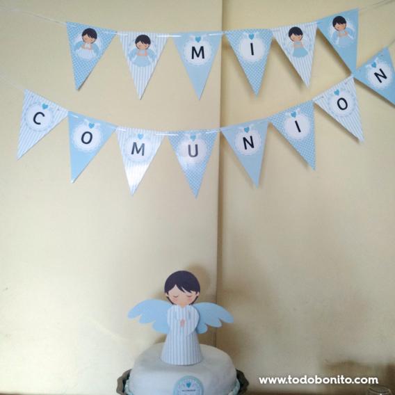 Primera comunión con ángeles en celeste