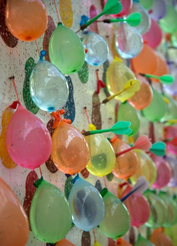 Bombas con globos de agua