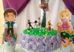 Cumpleaños decorado con Rapunzel