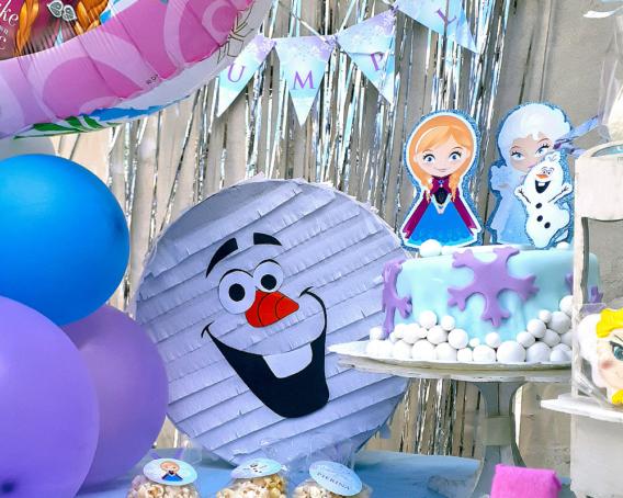 El cumple de Pierina junto a Elsa y Anna