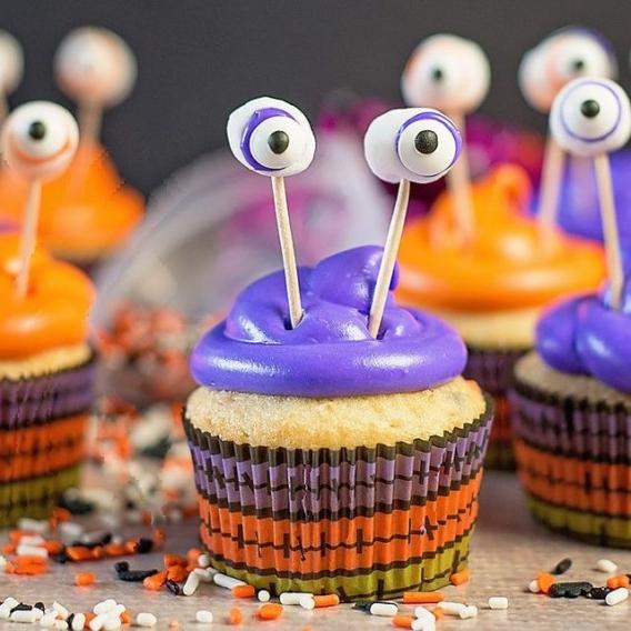 Cupcakes para Halloween con ojos de monstruos