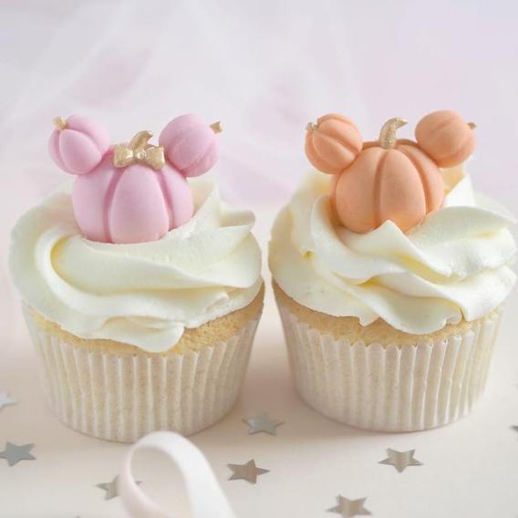 Cupcakes decorados para Halloween tiernos Mickey calabraza