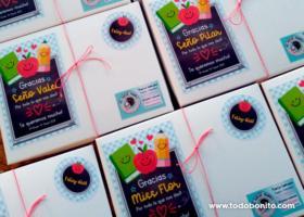 Cajas sorpresa para el día de las maestras y maestros