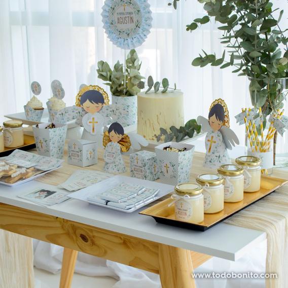 Mesa de Comunión con eucaliptus y cruz dorada