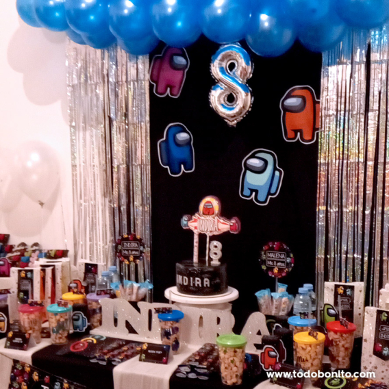 Mesa dulce de Among Us para niñas